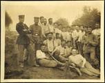 Orden und Fotos von Dr. Rudolf Hunger mit Kameraden
