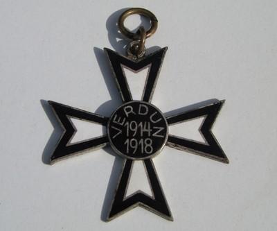 Verdun-Kreuz_Vorderseite 1WK_Jens Walko.JPG