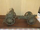 Model kanóna, ktorý vyrobil starý otec podľa originálu využívaného v 1. sv. vojny