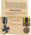 1.Weltkrieg - Gedenkblatt für Familie eines gefallenen Soldaten und Orden