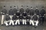 Foto's van korporaal en cavalerist Ben Koehorst tijdens zijn mobilisatieperiode in Nederland.