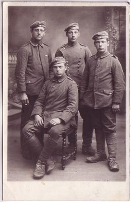 Rieder Johann, im 1. Weltkrieg mit Kameraden 2.jpg