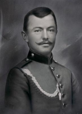 Rieder Josef, 1. Weltkrieg - Portrait ganz.jpg