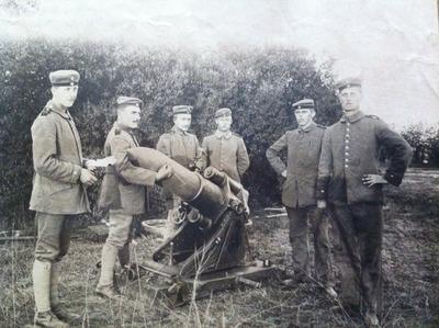 Die dicke Berta im Ersten Weltkrieg.jpg