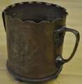 Vase aus einer Kartusche gefertigt