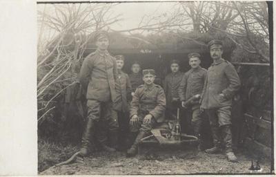 1916 02.01. Soldaten 4. Geschütz.jpg