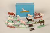 Figurines sculptées d'animaux de la ferme