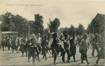 Cartes postales concernant le transport de prisonniers français et anglais
