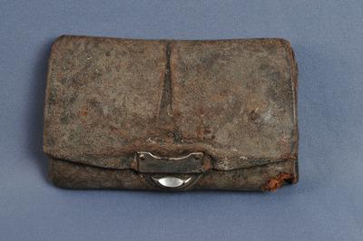 Lederbrieftasche des deutschen Soldaten Georges Baldauf