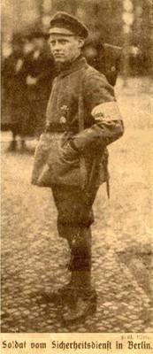 00_ca. 1917.jpg
