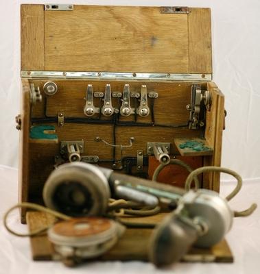 Telefon iz prve svetovne vojne (model M 07)