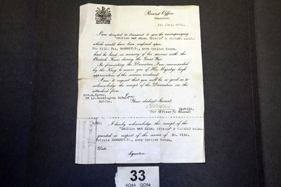 Official letter accompanying the war medals of Thomas Barrett (Private)